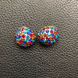 Jewelry - Pretty color stone earings❤️💙